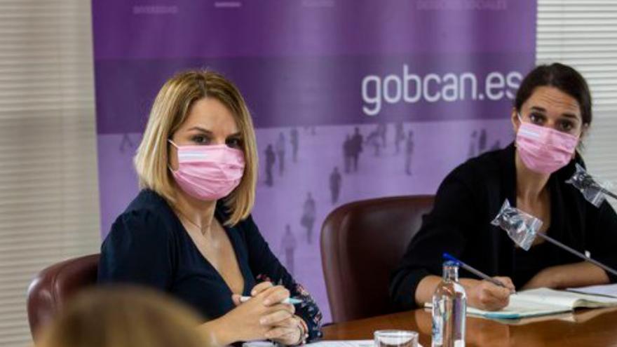 Noemí Santana y Noelia Vera mantienen un encuentro con colectivos de Canarias