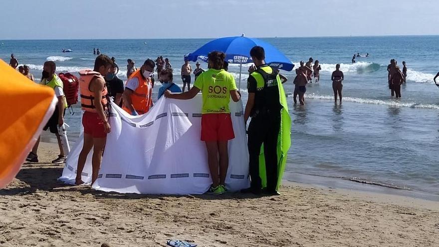 Fallece ahogado un hombre de 87 años en la playa Morro de Gos de Orpesa