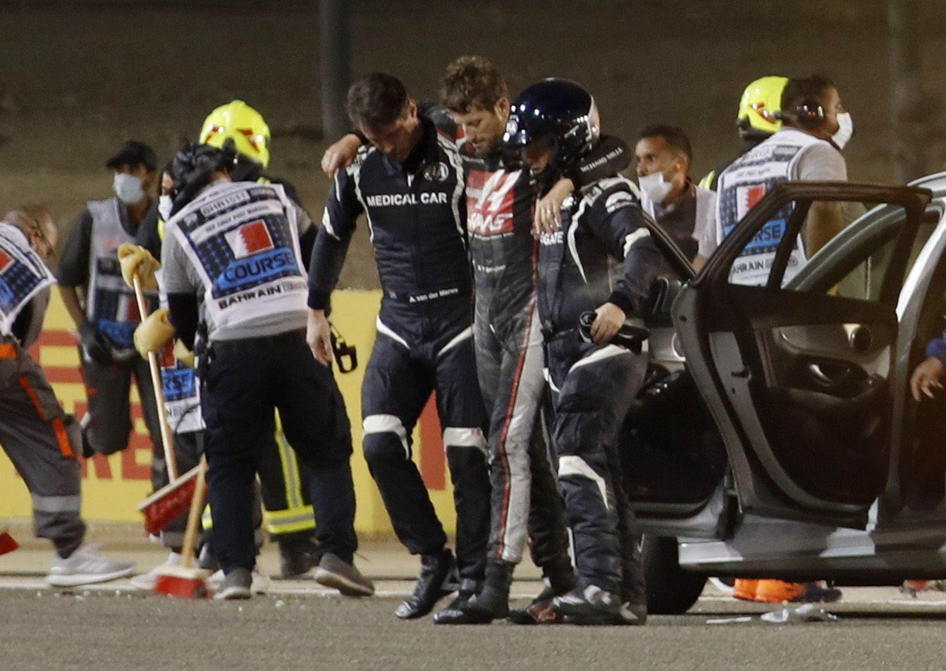 El piloto francés Romain Grosjean sufre un gravísimo accidente al inicio del Gran Premio de Baréin