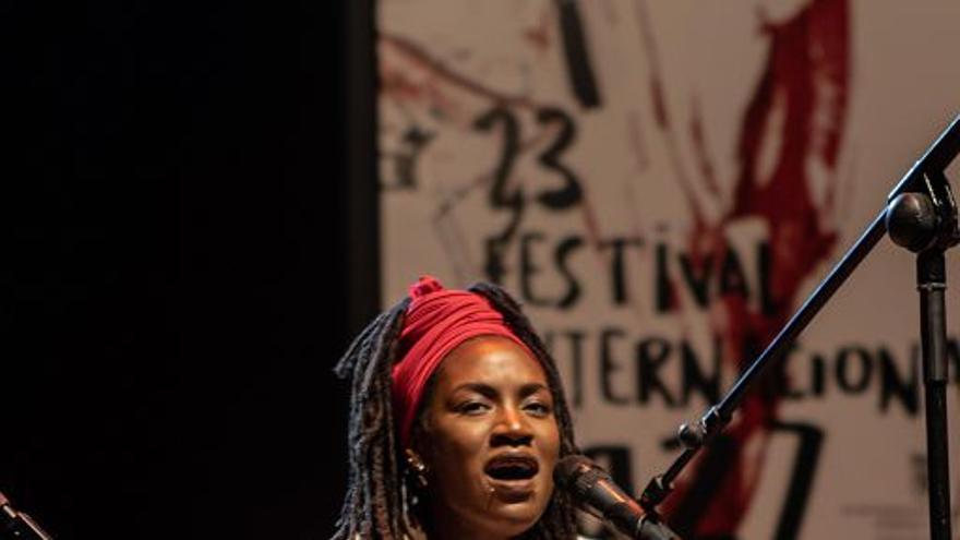 Alana Sinkëy aterriza en el festival de Jazz de San Javier