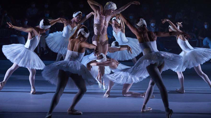 El Ballet de Barcelona ha debutat al Festival Castell de Peralada amb l'espectacle de nova creació 'Perspectives'