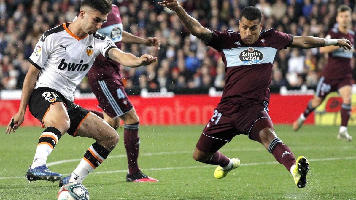 Jeison Murillo podría reaparecer mañana en el partido del Celta contra el Valencia. // Manuel Bruque