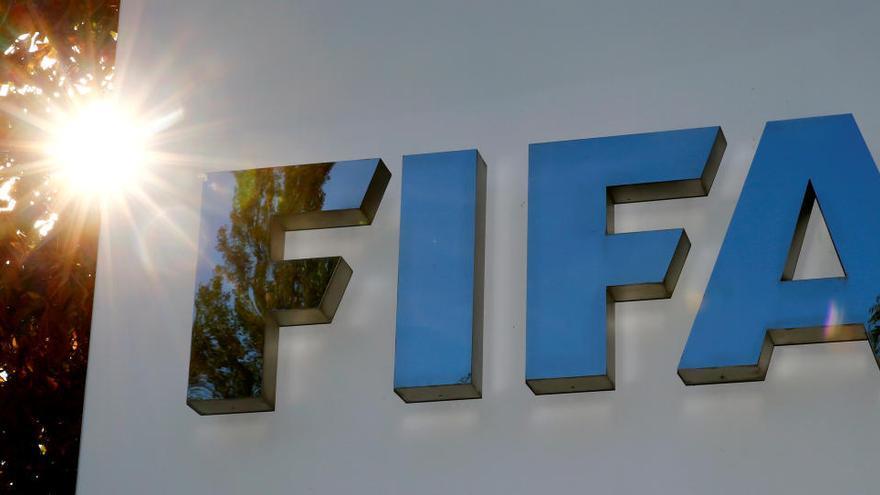 Una imagen del logo de la FIFA.