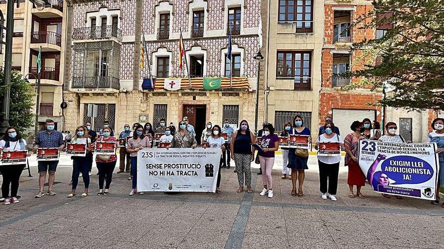 Protesta en Crevillent contra el «terror» de la explotación sexual