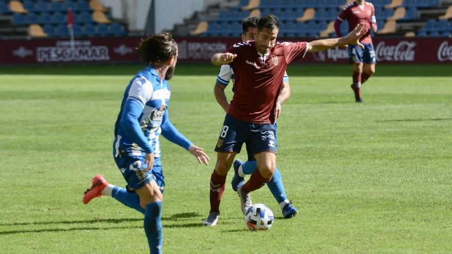 Un buen Pontevedra resbala ante el Dépor con un 1-2