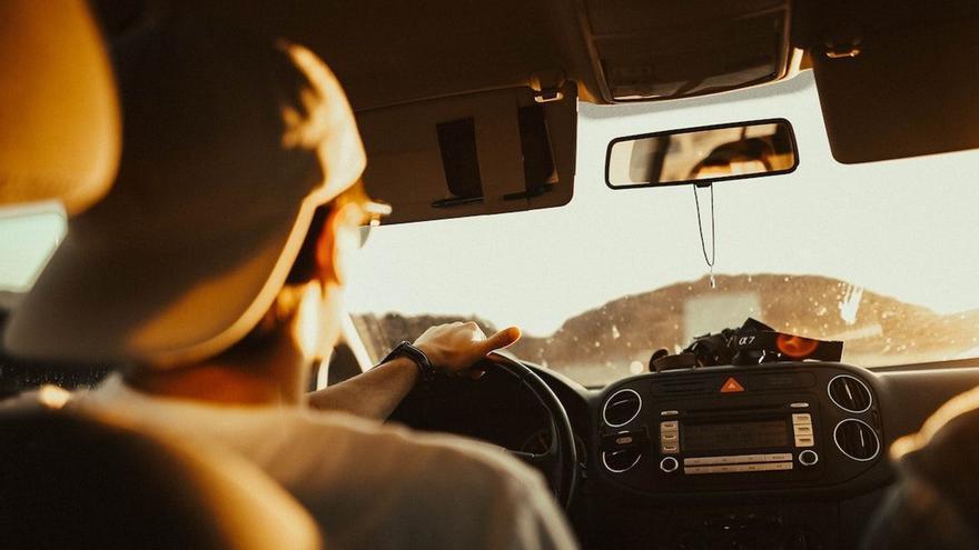 Consejos y pautas para que el calor no afecte a la conducción