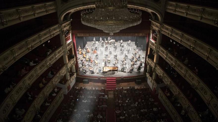 El Palau de la Música seguirá de 'invitado' en Les Arts y el Principal