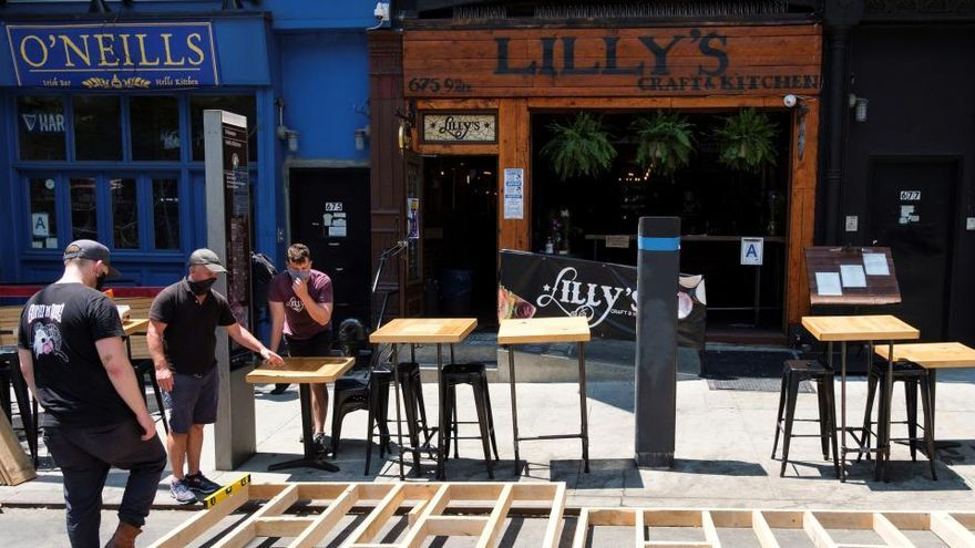 Nueva York pospone la reapertura de los restaurantes