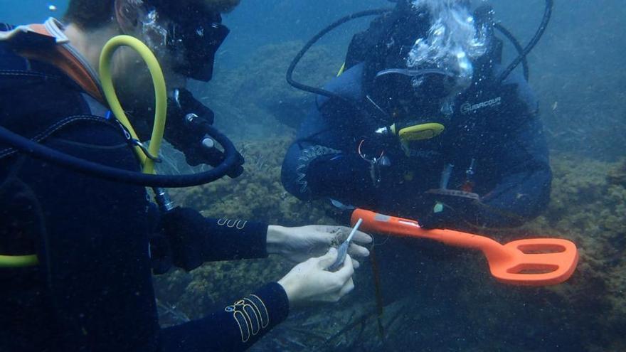 Jornada de limpieza de fondos submarinos en Cabo de Palos para retirar plomos de pesca deportiva