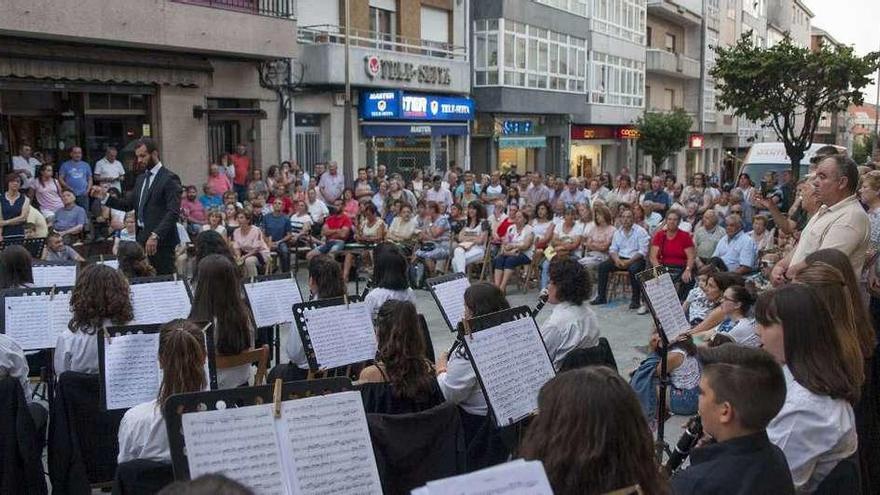 La Festa da Malla Tradicional de Doade cumple hoy 20 años con música y baile