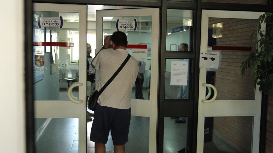 Pacientes de Zamora denuncian demoras de 15 días para el médico de cabecera