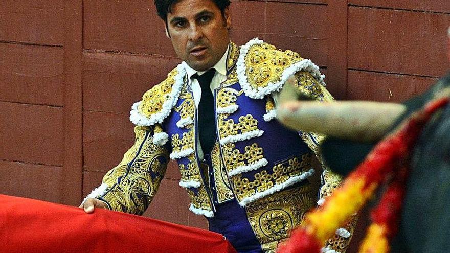 Fran Rivera se desvincula de las fiestas de toreros con mujeres