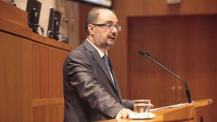 """Lambán: """"Rudi es una anomalía de la política aragonesa y tiene maniatado al PP"""""""