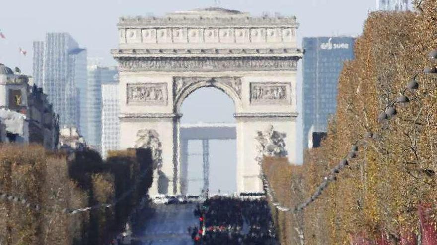 París se vuelca en la despedida a Hallyday