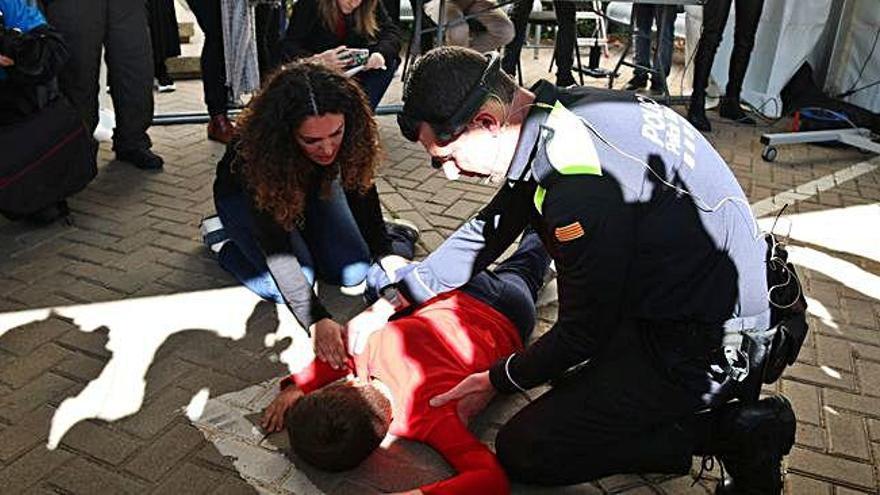 La tecnologia 5G permetrà connectar metges i policia en casos d'emergència