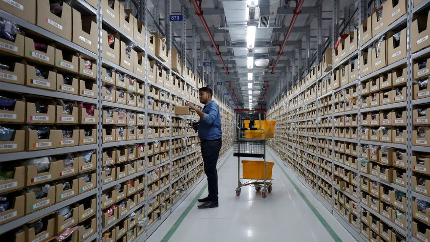 ¿Cómo es el trabajo en un centro logístico de Amazon? esto es lo que opinan sus empleados