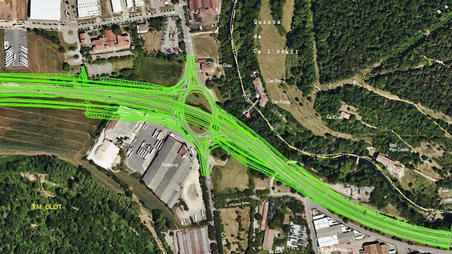 «Nus» de carreteres a l'entrada d'Olot per enllaçar la variant amb l'Eix Pirinenc de l'Estat
