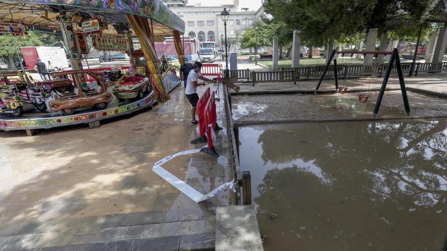Espectacular inundación en sa Feixina por la rotura de una tubería de agua potable