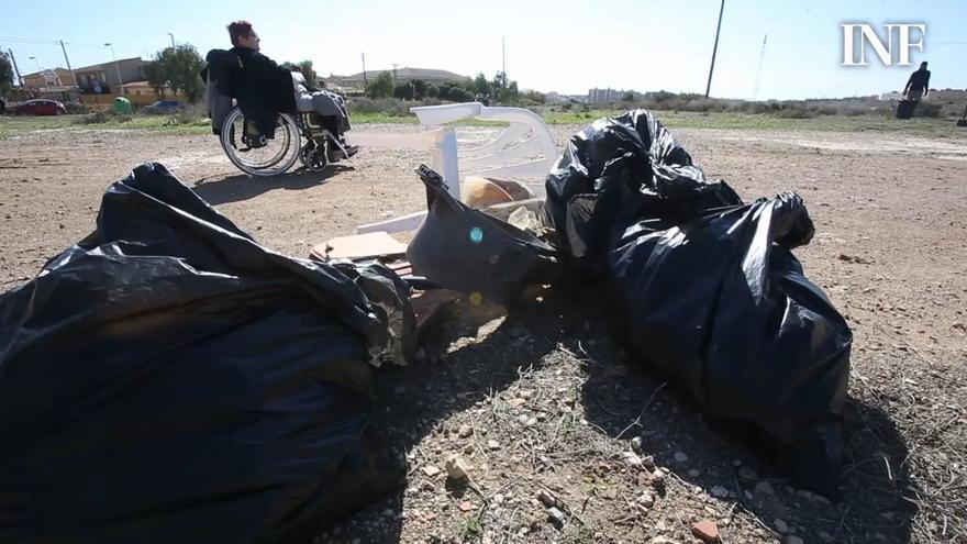 Vecinos de Rabasa arrancan una iniciativa para limpiar terrenos privados del barrio