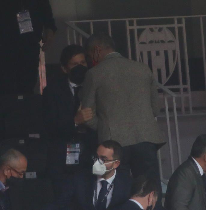 Mateu Alemany vuelve al palco de Mestalla