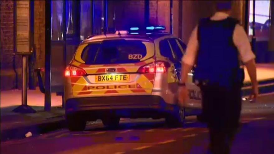 Londres trata de terrorista el atropello en una mezquita