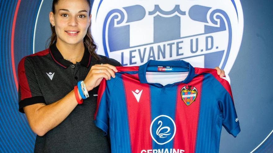 El Levante Femenino incorpora talento con la llegada de Gio Queiroz