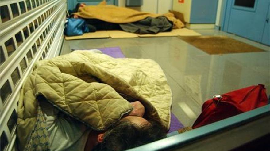 Servicios Sociales llama a las personas sin hogar a ir a las plazas habilitadas para resguardarse del frío