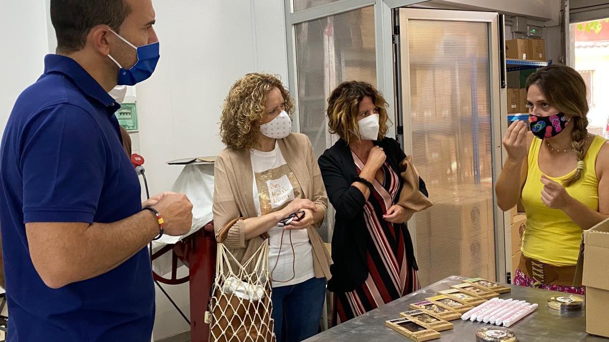 El PP apoya al sector del chocolate en Torrent