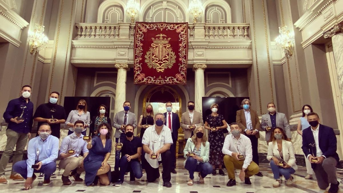 Los periodistas galardonados en la anterior edición de los Premios Policía Local de València.