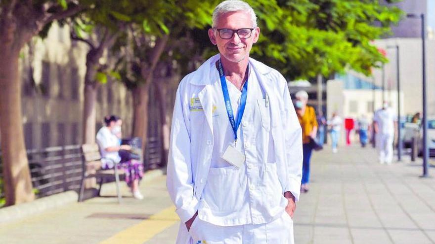 «La vacuna ha permitido que un paciente de 70 no necesite intubación»
