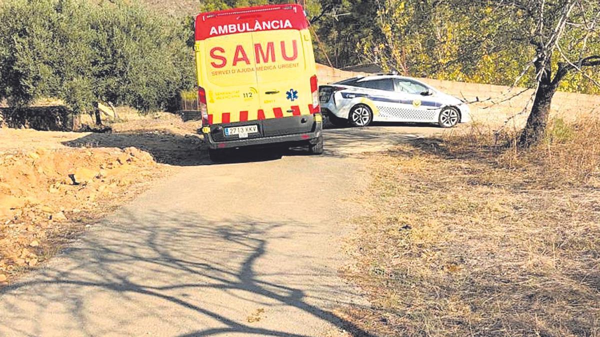 La ambulancia del Samu acudió al lugar del suceso, pero el hombre ya estaba muerto.