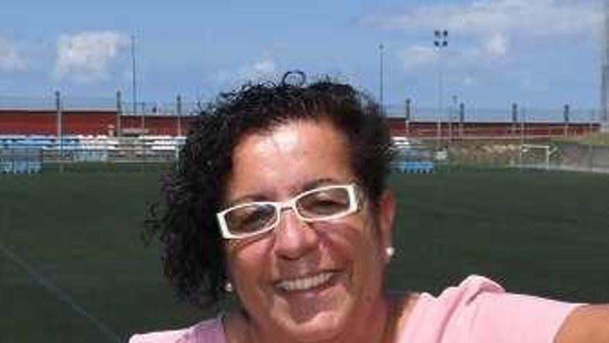 La socialista Pili Neira sustituye a Mar Barcón en tres entes municipales
