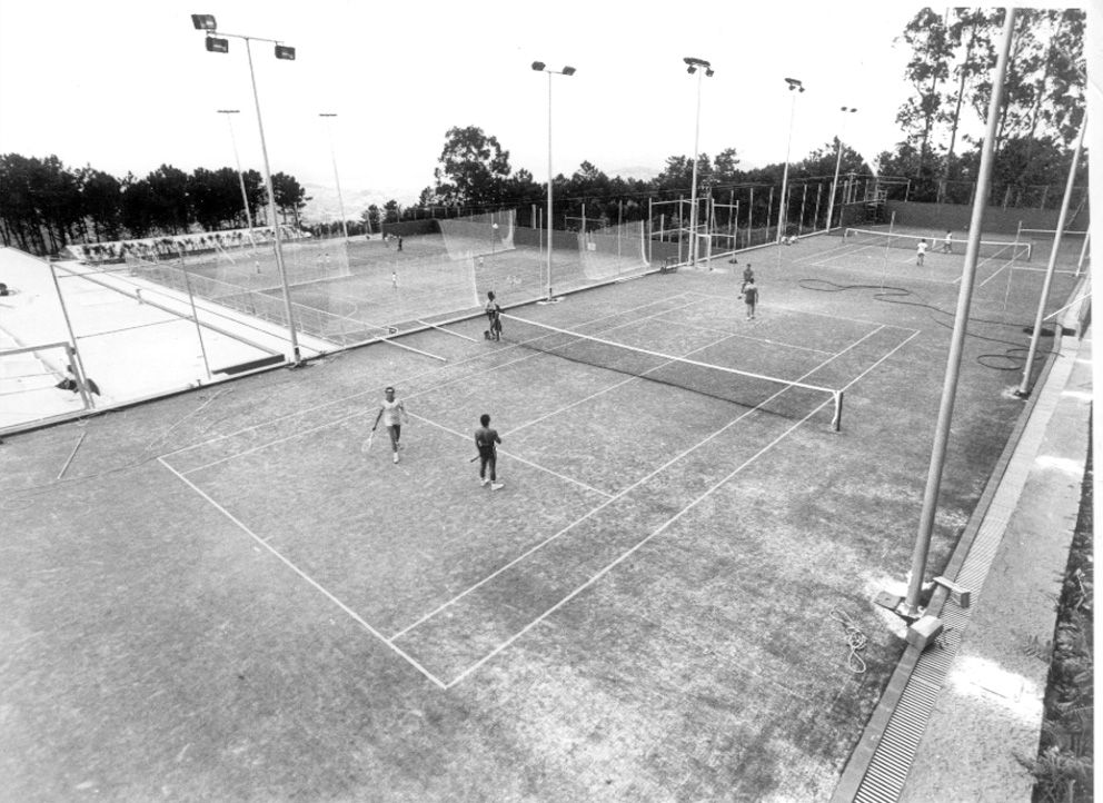 Pistas de tenis del Círculo Mercantil en los 80_Cameselle.jpg