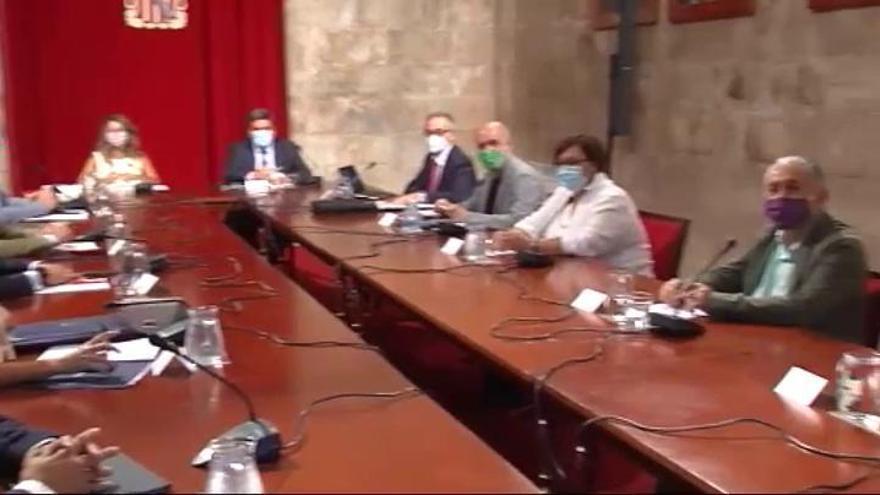 Hoy se retoman las negociaciones para la prórroga de los ERTE