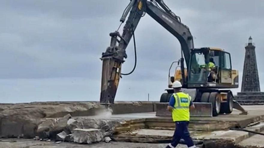 El inicio de las obras del dique de Bajamar obliga a cerrar la playa