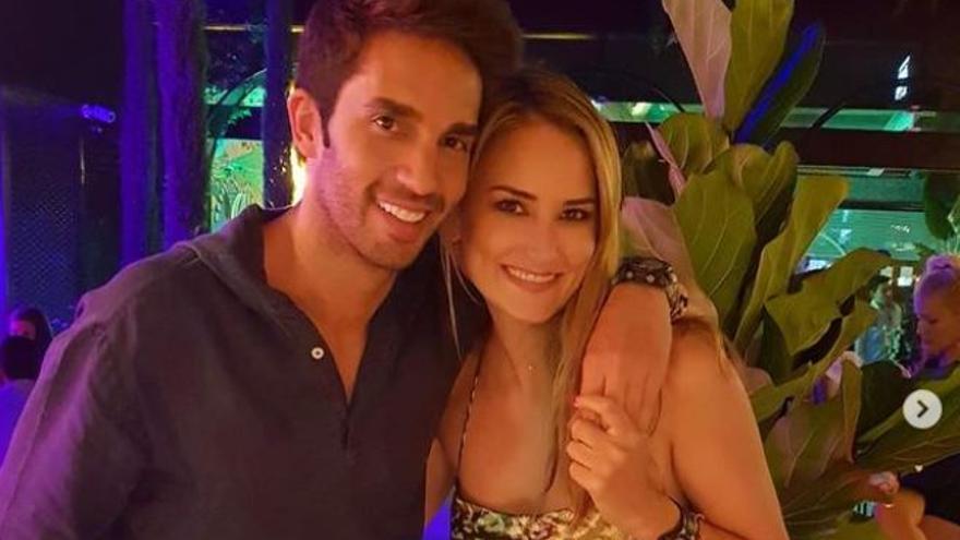 Alba Carrillo y Santi Burgoa rompen su relación