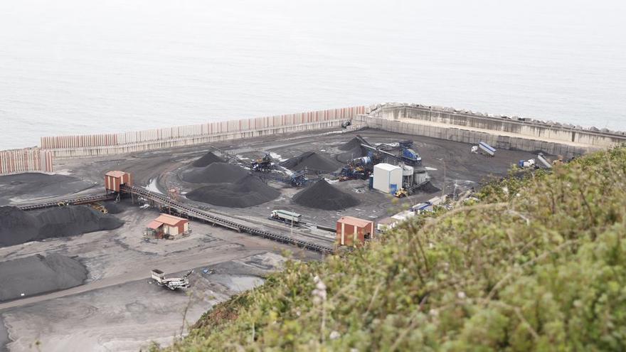 Un grupo asiático prevé invertir 2.000 millones en puerto de El Musel en Gijón en un macroproyecto gasístico