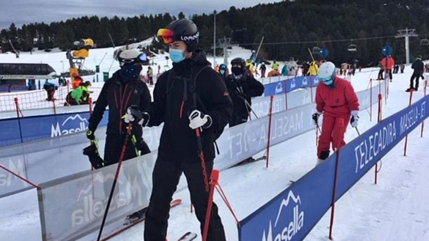 Les estacions del Pirineu inicien amb força la temporada d'esquí més incerta