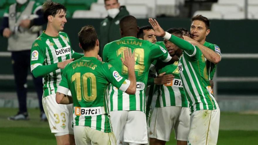 Borja Iglesias da el triunfo al Betis ante el Getafe con un penalti en el tramo final