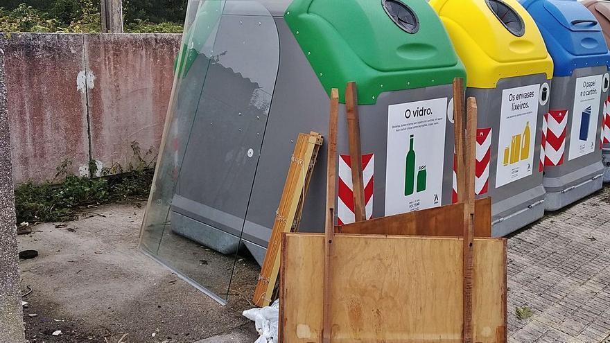 Medio Ambiente y Ecoembes entregan 700 contenedores amarillos y azules a 32 ayuntamientos