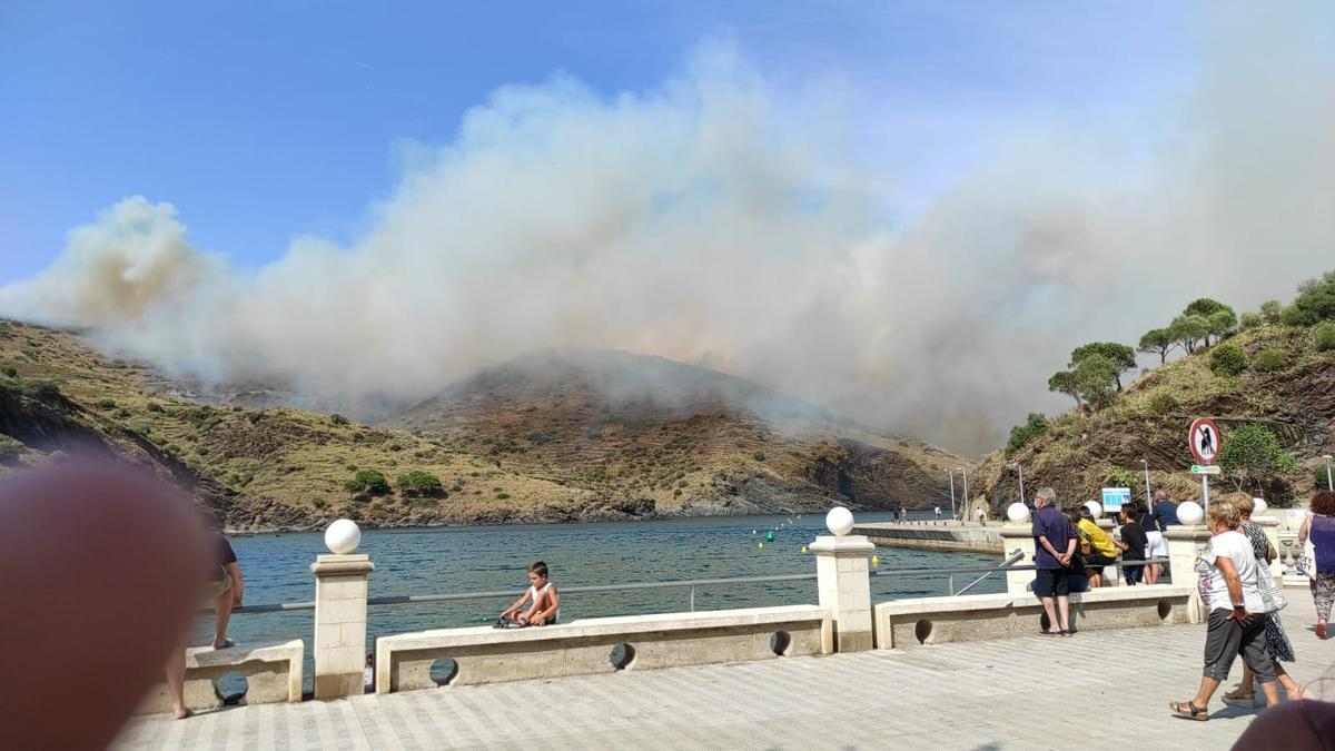 Incendi a Portbou