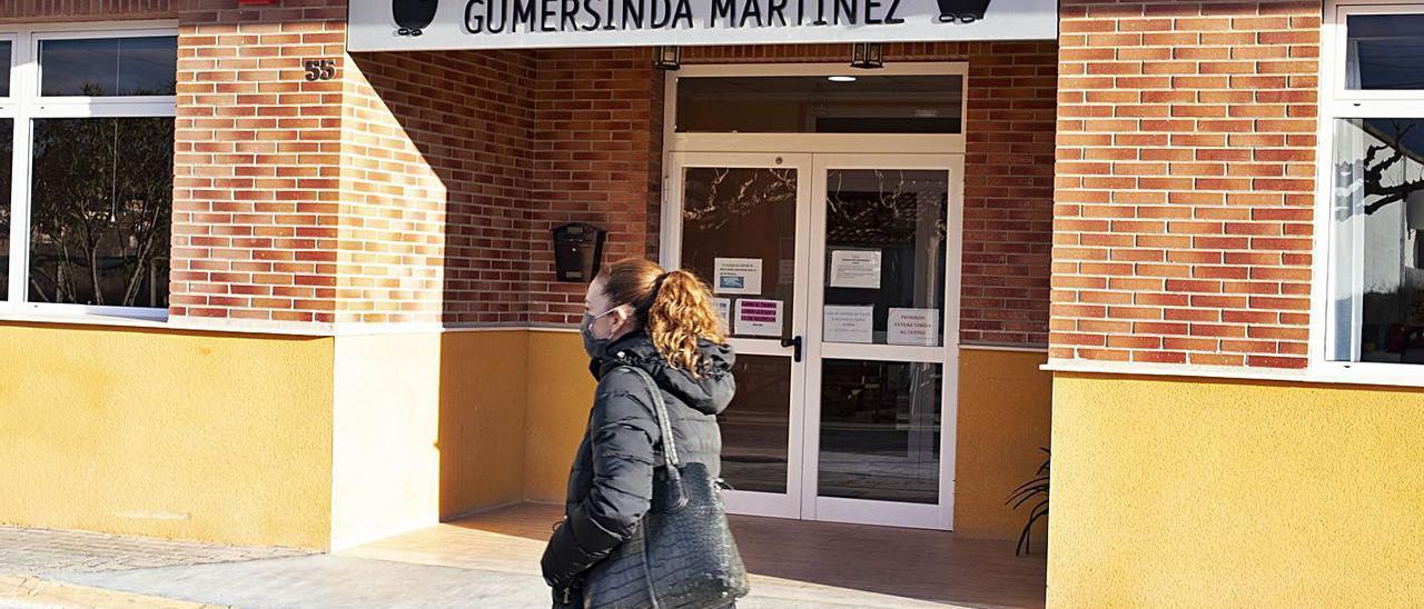 La residencia Gumersinda Martínez de Navarrés, en una imagen de semanas atrás. | PERALES IBORRA