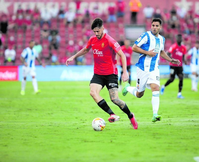 Take Kubo y Fer Niño jugaron con la defensa del Espanyol todo el encuentro.
