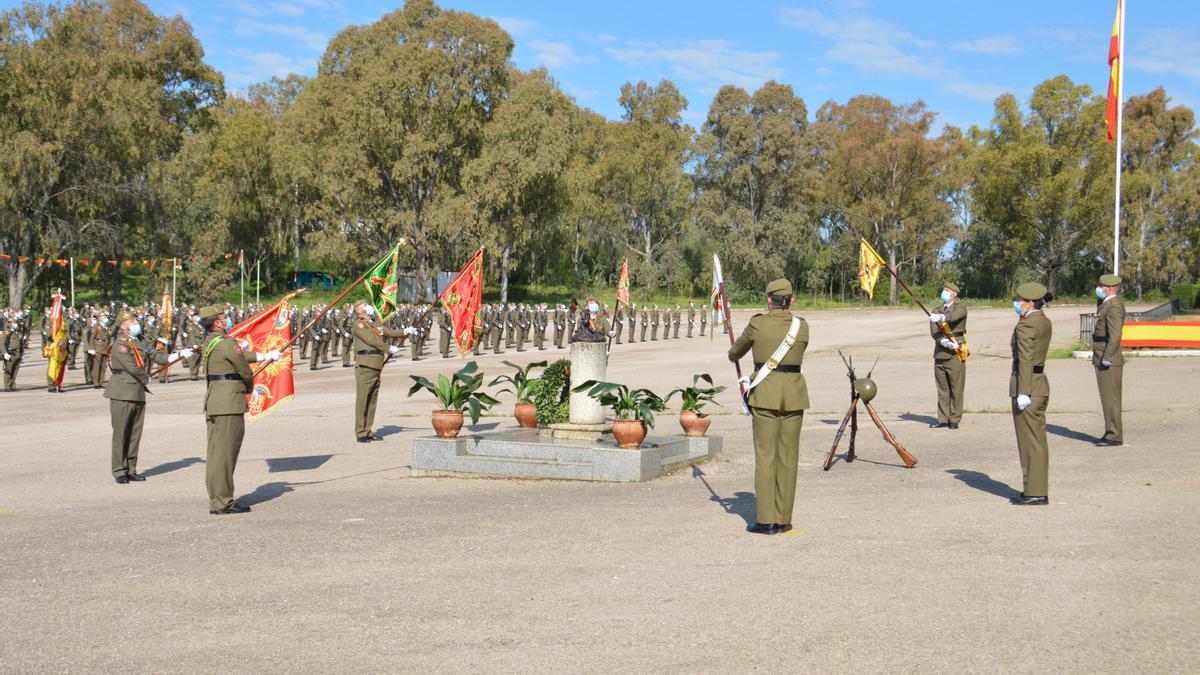 Militares durante el acto de jura de bandera esta semana en Cáceres.