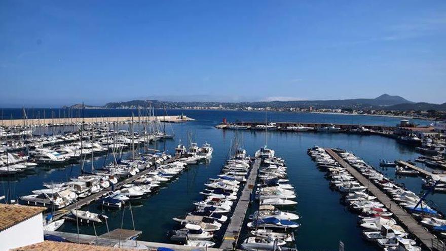 Ambiente marinero en Xàbia Port