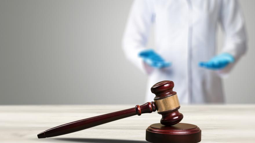 La Fiscalía no ve delito en la muerte de la mujer que falleció sin cita médica