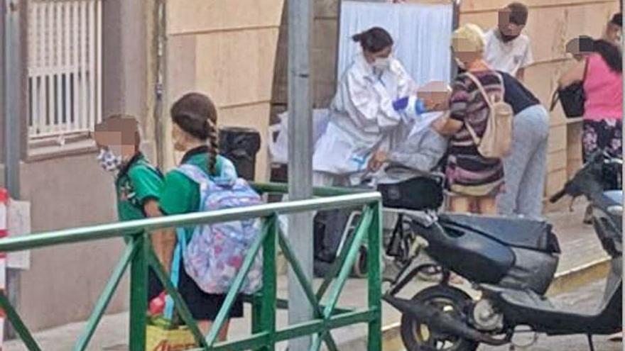 Denuncien proves de PCR al costat d'un col·legi de Burjassot