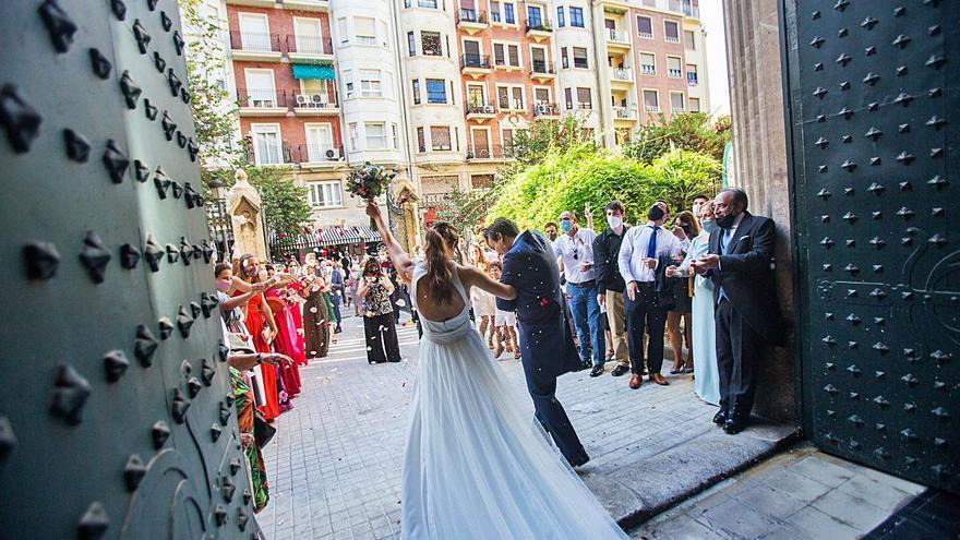 El número de matrimonios sigue hundido desde la crisis de 2008