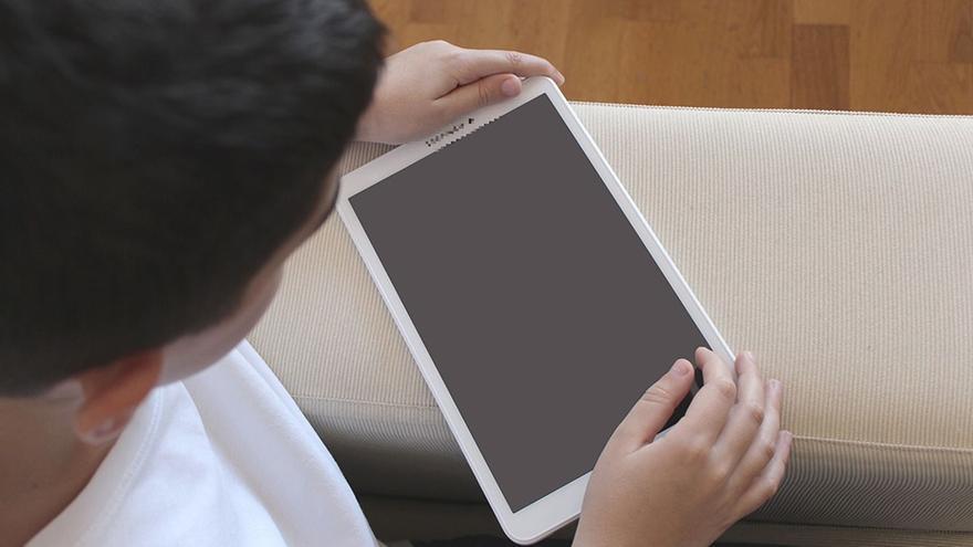 El 37 % del alumnado utilizará solo libros de texto y el 33 % tabletas