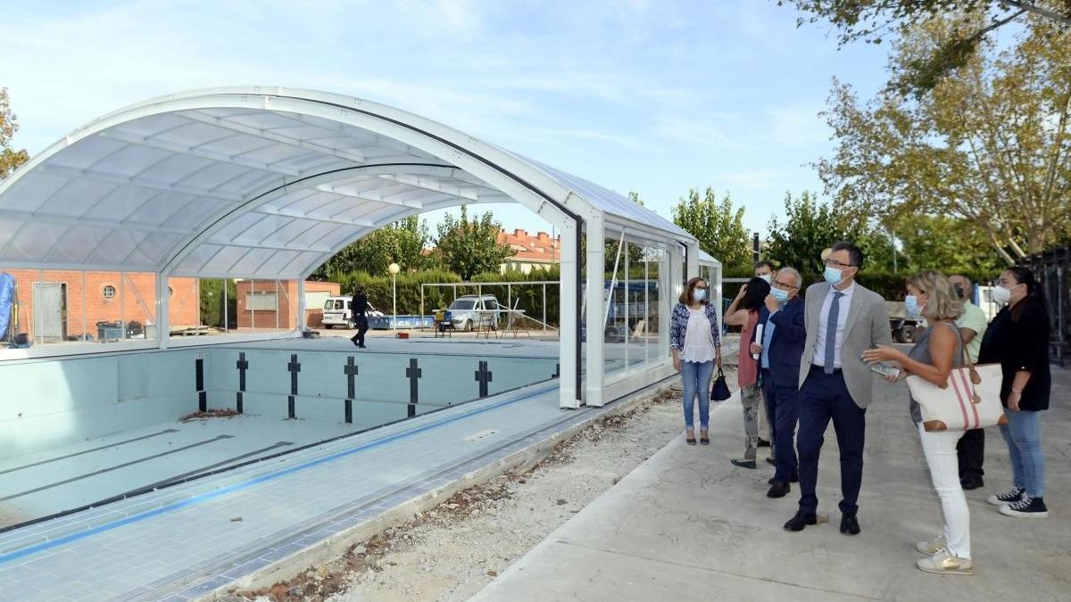 Tres piscinas cubiertas abrirán sus puertas mañana en Murcia